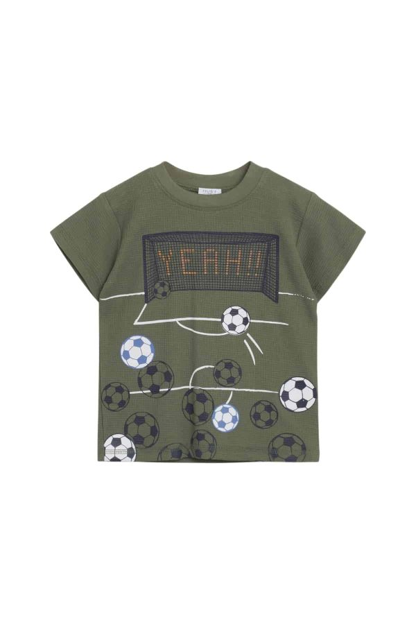 Groen T-shirt thema voetbal Hust and Claire